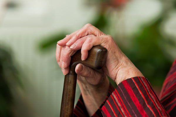 4 idées reçues (et recadrées) sur les personnes âgées